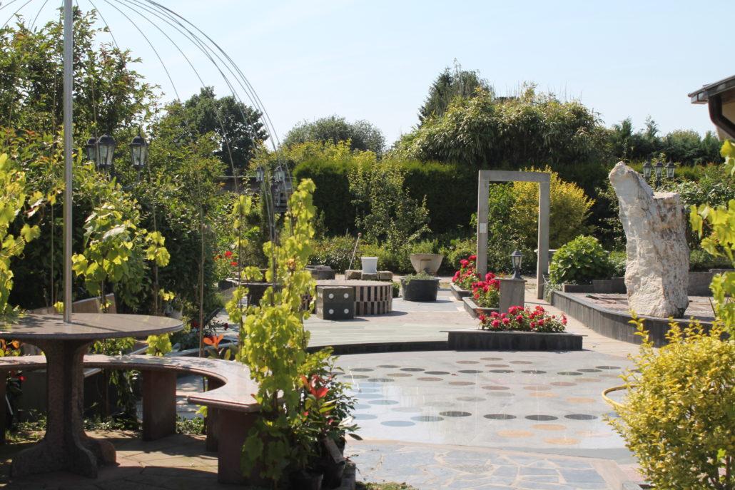 Garten-Juli-016-1030x687